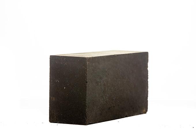 改性镁铝铬砖